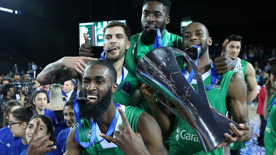 Darüşşafaka EuroCup şampiyonu oldu