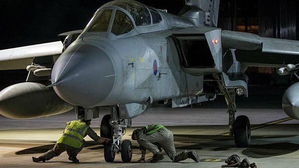 جنگنده تورنادو نیروی هوایی بریتانیا پس از عملیات جمعه شب