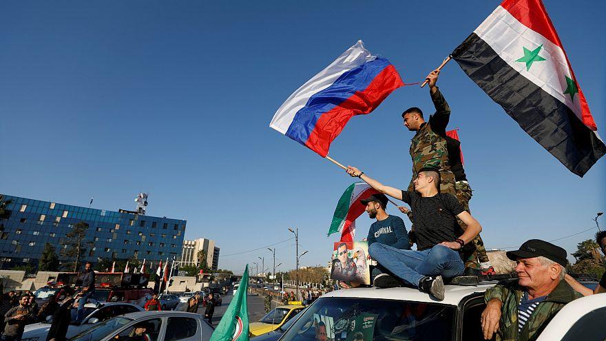 Siria, Usa attaccano, Damasco festeggia