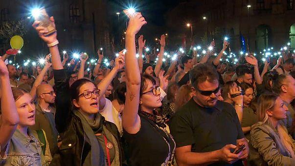 Ungarn demonstrieren für neues Wahlrecht