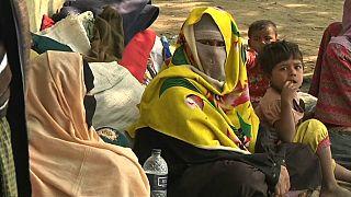 Primeira família rohingya regressa a casa
