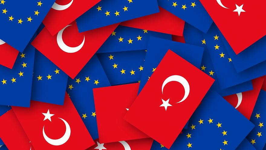 AB'den Türkiye'ye en sert ilerleme raporu