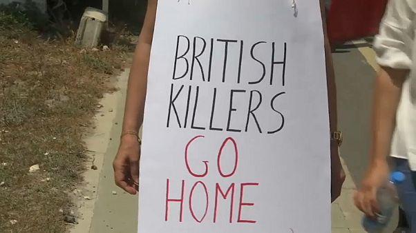 مظاهرة في قبرص للتنديد بالغارات الغربية على سوريا