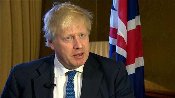 """Boris Johnson avisa a Al Assad: """"Si vuelve a usar armas químicas se sopesaran nuevas opciones"""""""