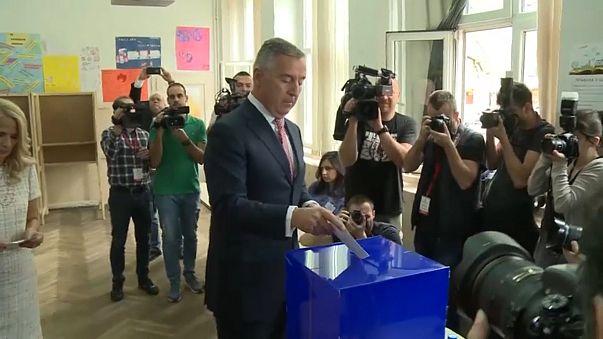 Karadağ'da cumhurbaşkanlığı seçimini Milo Djukanovic kazandı