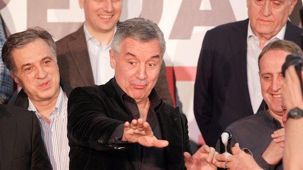 Мило Джуканович побеждает на выборах в Черногории