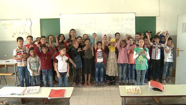 أطفال سوريين في مدرسة الشياح الابتدائية الرسمية - إحدى ضواحي بيروت