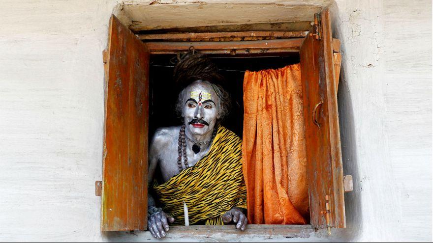 A nap képe: hindu hívő a Shiva-fesztiválon
