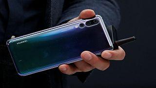 Ördögűzés mobiltelefonnal