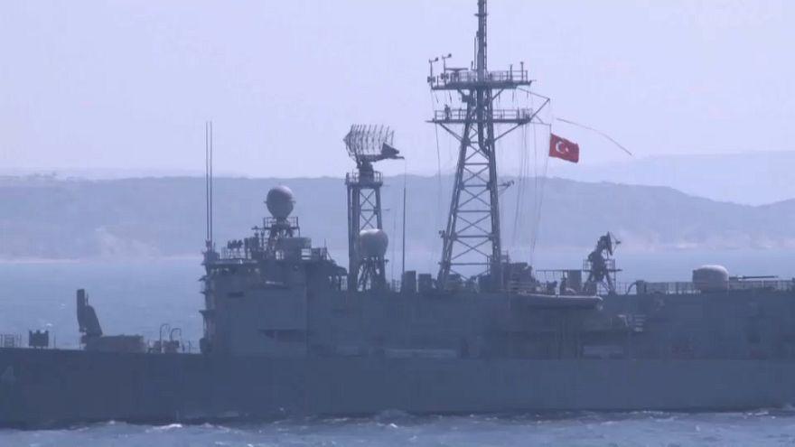 Ege'de Türk-Yunan gerilimi: Yeni bayrak krizi