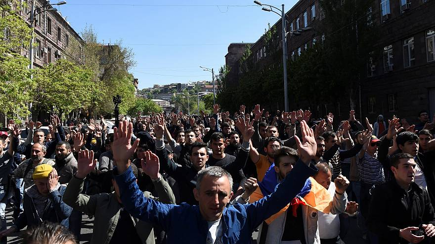 Manifestations en Arménie : l'ex-président qui veut être Premier ministre