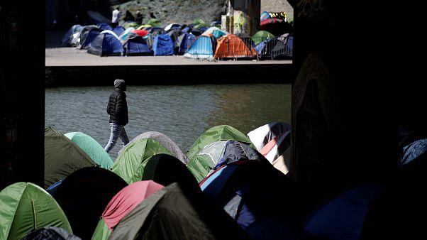 Immigration et asile : un projet de loi controversé