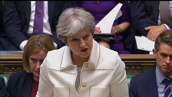 Theresa May defende no Parlamento ataque à Síria