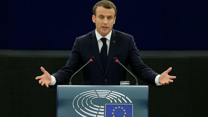 Macron elutasította az illiberális demokráciát