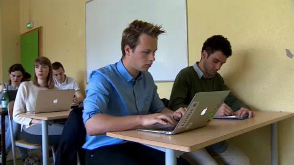 """Studenti europei """"studiano"""" il futuro dell'UE"""
