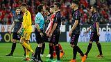 بوندسلیگا؛ اعلام پنالتی در زمان استراحت بازیکنان بین دو نیمه