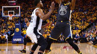Golden State aumenta vantagem sobre os Spurs