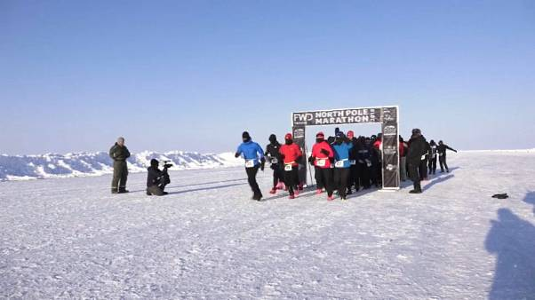 Eksi 33 derecede 42 kilometre koşmak: Kuzey Kutbu Maratonu