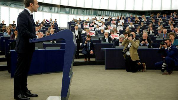 Ευρωβουλή: Αντιδράσεις για τον βομβαρδισμό της Συρίας
