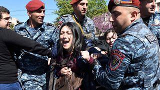 Erivan sokaklarında olaylı eylemler