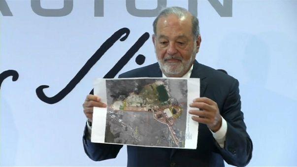 Slim defiende el nuevo aeropuerto de la Ciudad de México en plena campaña