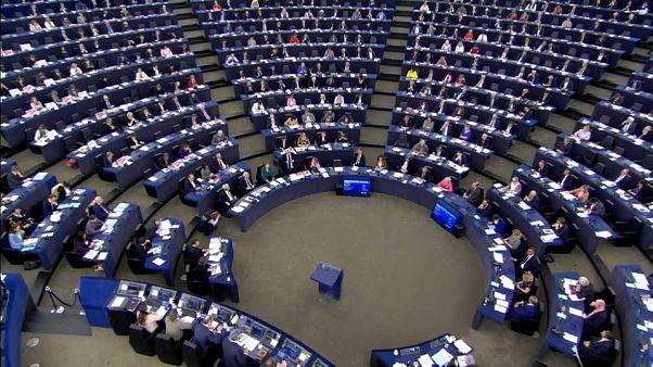 Eurodiputados a favor y en contra de la intervención en Siria