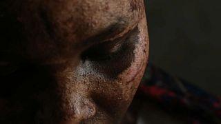 شاهد: صورٌ مروّعة لمهاجرين أفارقة خلال عبورهم ليبيا