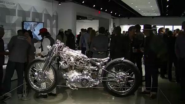 Les motos customisées s'exposent à Los Angeles
