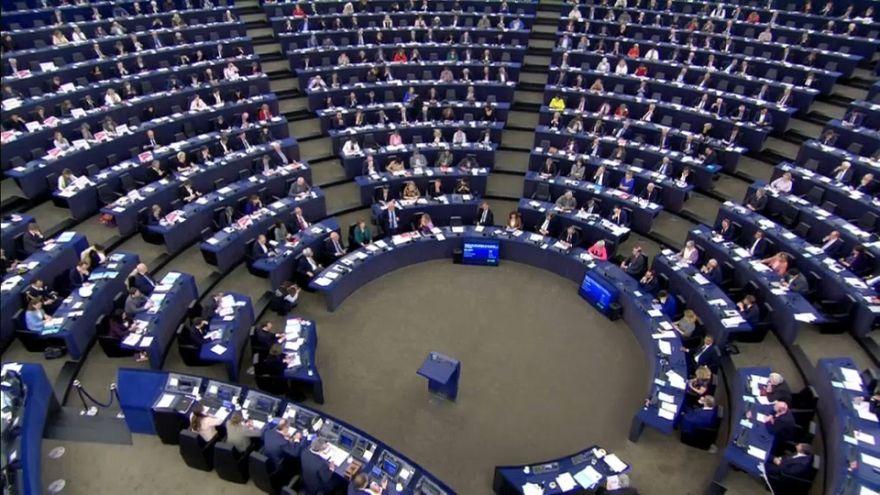 Евродепутаты призывают к единству в ЕС