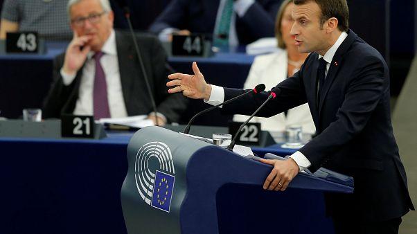 """Macron pide más """"soberanía europea"""" y menos repliegue nacional"""