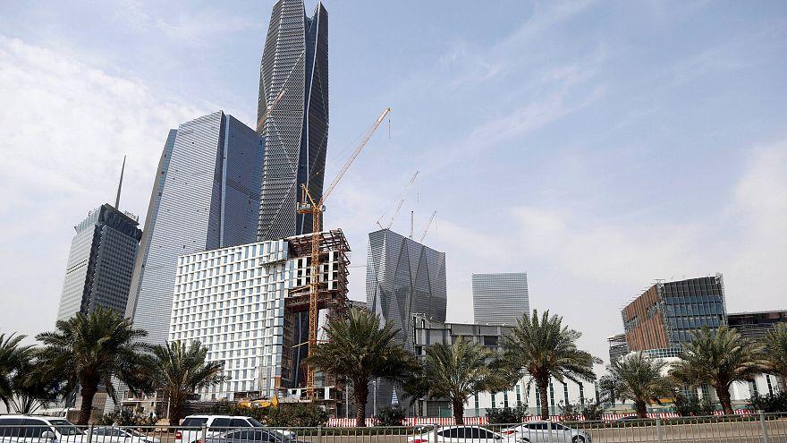 الحكومة السعودية تقرض مجموعة بن لادن 11 مليار ريال لتحسين أوضاعها