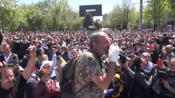 L'opposition arménienne dans la rue