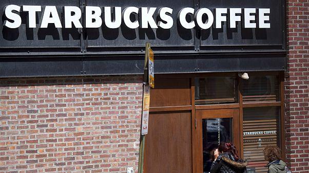 استارباکس  ۸ هزار شعبه خود در آمریکا را موقتا تعطیل میکند