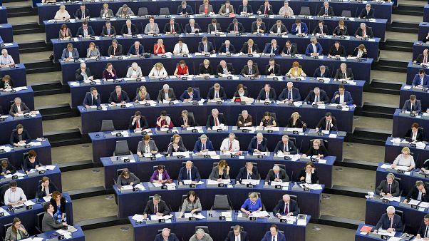 Αίτημα του Ευρωκοινοβουλίου για την απελευθέρωση των στρατιωτικών