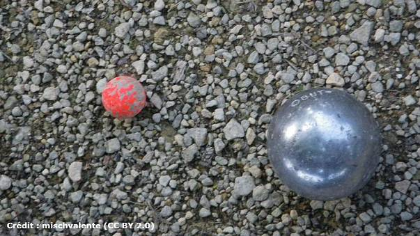 French boules players banned from wearing blue jeans