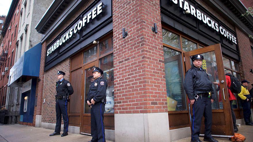 Starbucks organizza corsi antirazzismo
