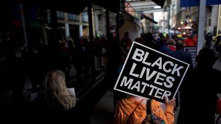 Formation contre le racisme chez Starbucks