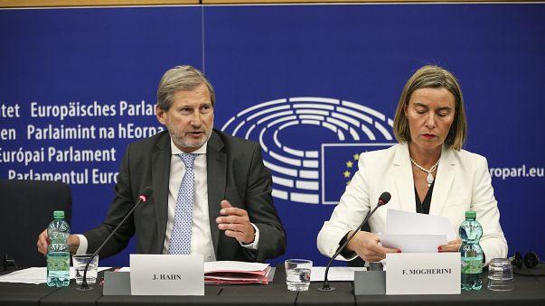 La Commission européenne évoque deux nouvelles adhésions