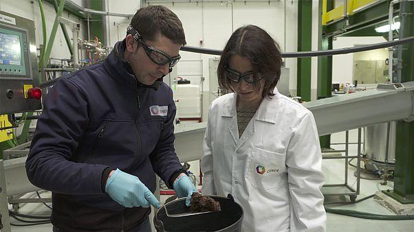Biobutanol: Sauberer Kraftstoff aus Stroh