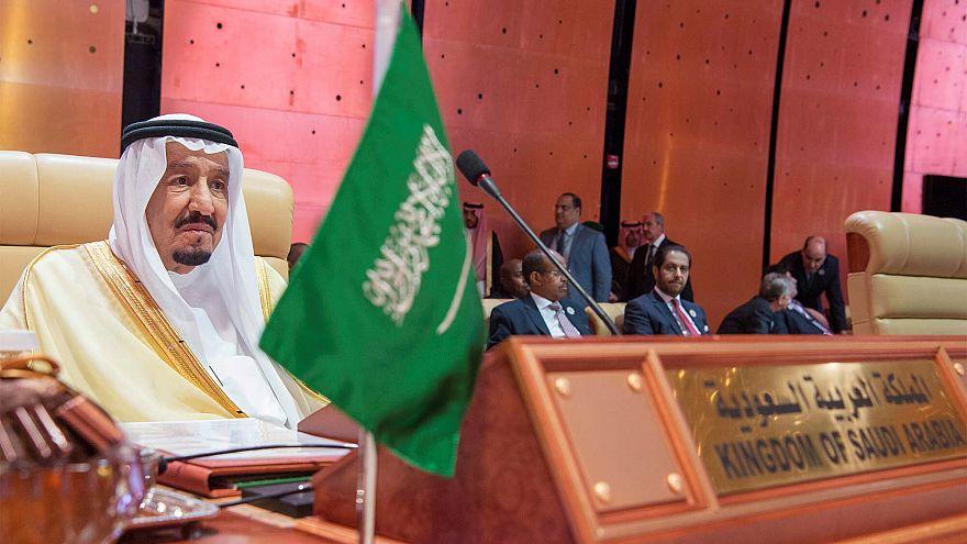 الملك سلمان يستقبل الكردينال توران في أول زيارة لمسؤول كاثوليكي كبير للسعودية