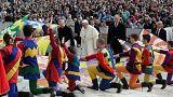 پاپ فرانسیس درباره مساله اتانازی آلفی ایوانز و وینسنت لامبرت سخنرانی خواهد کرد