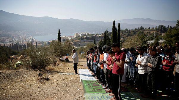 صورة للاجئين بجزيرة ساموس اليونانية