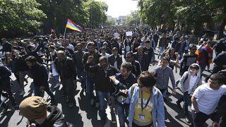 Arménie : des manifestants anti-Sarkissian arrêtés