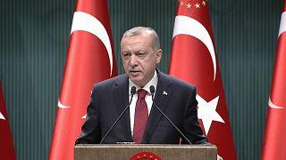Presidente antecipa eleições na Turquia