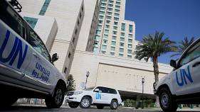 Os veículos que deviam transportar os peritos da OPCW ficaram em Damasco