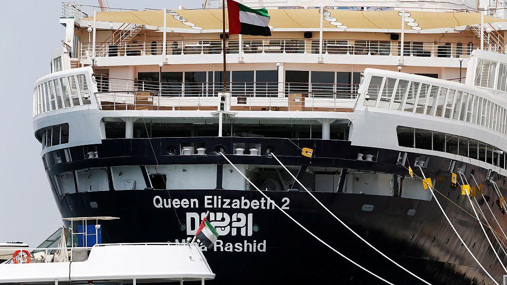 شاهد:  فندق الملكة إليزابيث 2  يفتح أبوابه أمام الزوار في ميناء دبي   Euronews