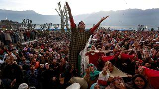 'Sosyal devlet güçlendikçe dinlere inanç azalıyor'