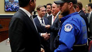فيسبوك تريد استثناء 1.5 مليار مستخدم من الاستفادة من قانون أوروبي