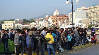 Μυτιλήνη: Υπό κατάληψη για τρίτη ημέρα η Πλατεία Σαπφούς