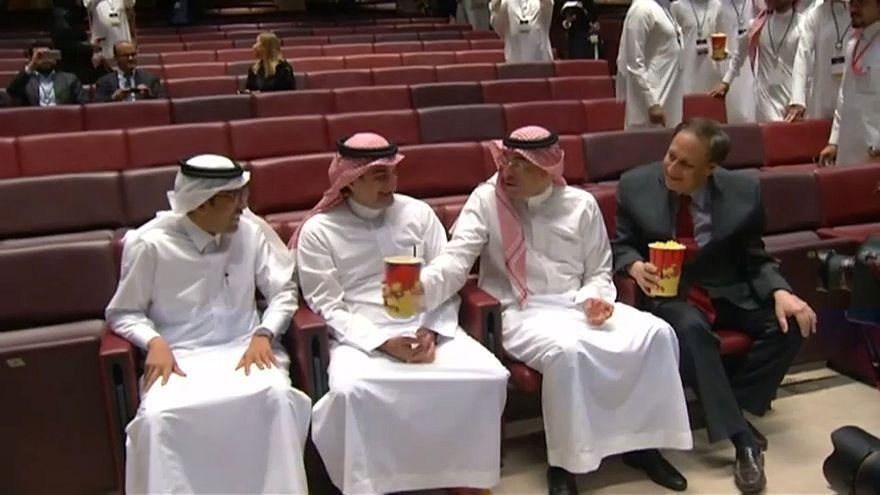 Suudi Arabistan'da 35 yıl sonra sinema keyfi
